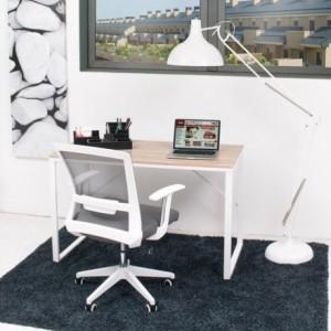 Mesa de escritorio de diseño nórdico TIBET sobre color madera natural y base de metal blanco 120x60 cm